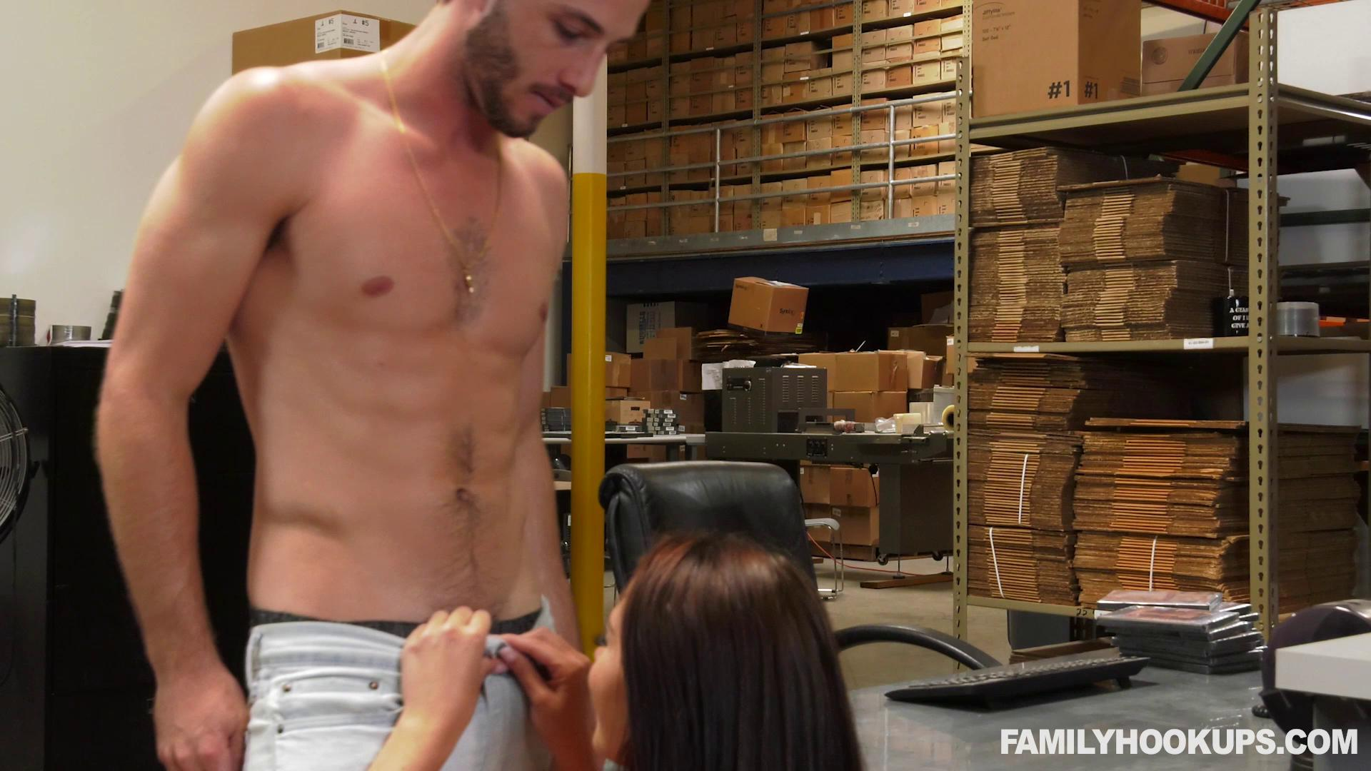 FamilyHookups – Avi Love My Stepbrother Sodomized Me