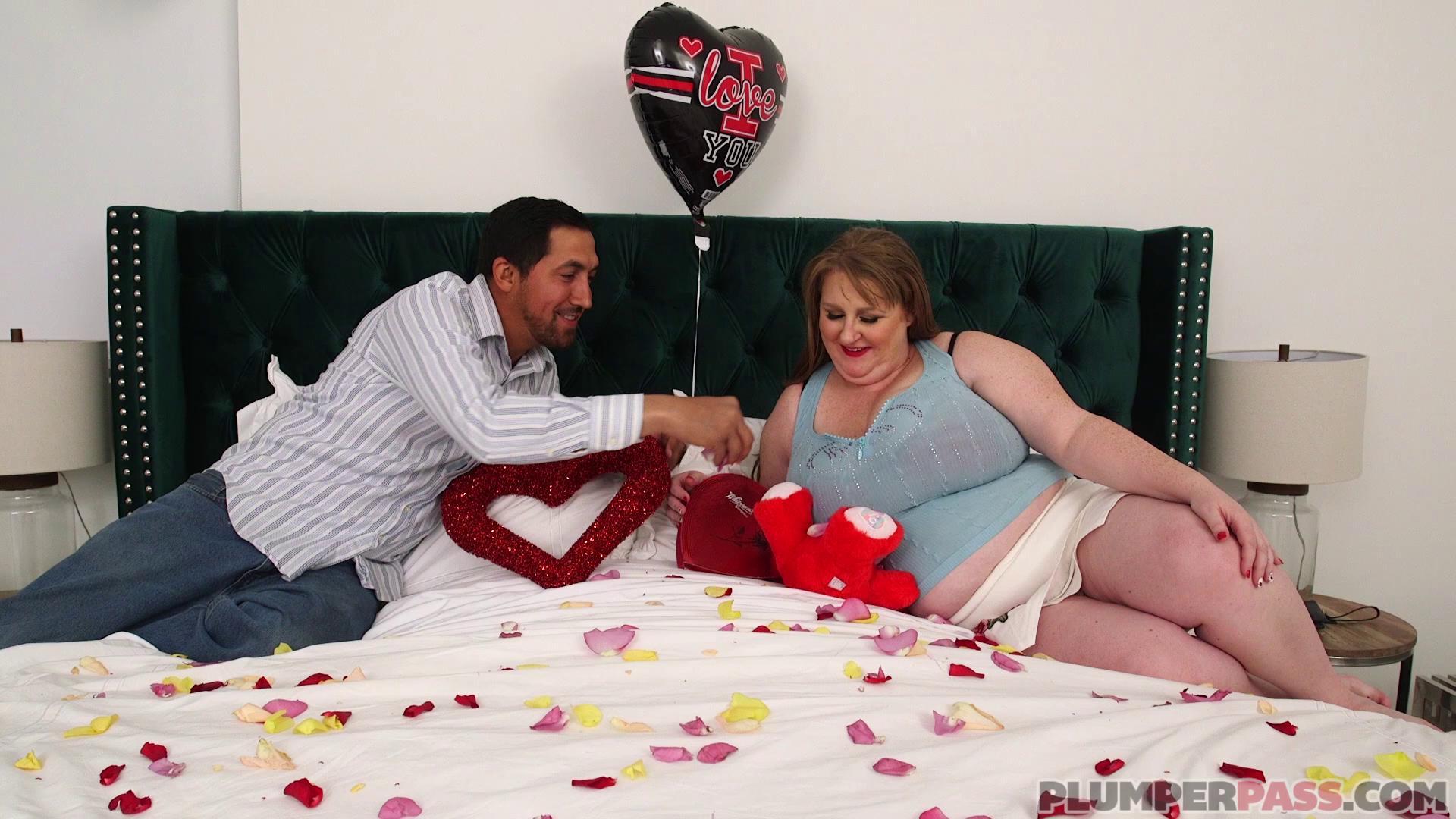 PlumperPass – Sapphire My Voluptuous Valentine