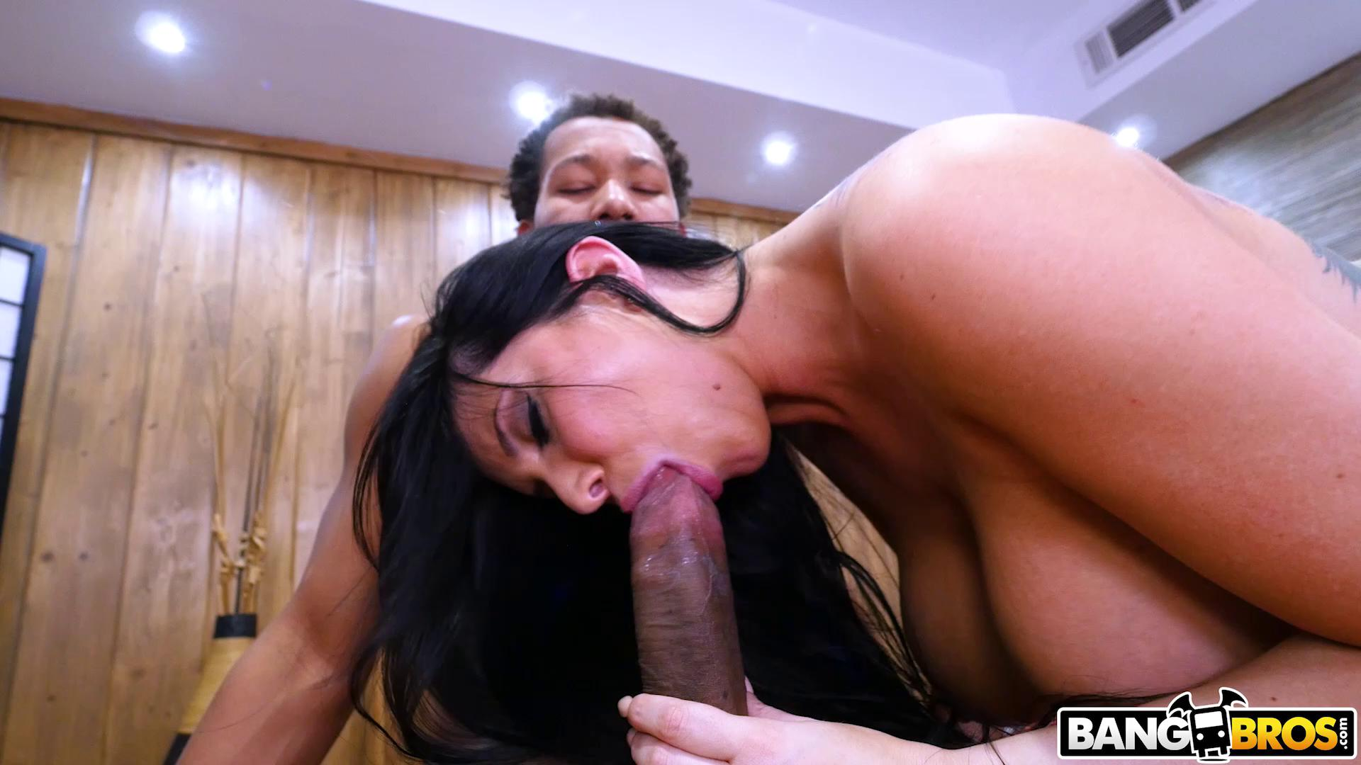 MonstersOfCock – Romi Rain