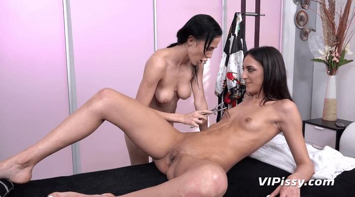 VIPissy  – Nicol Love , Miky Love