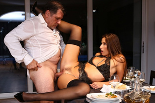 DorcelClub – Submissive For Dinner – Clea Gaultier