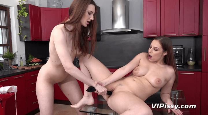 VIPissy – Antonia Sainz , Ariadna
