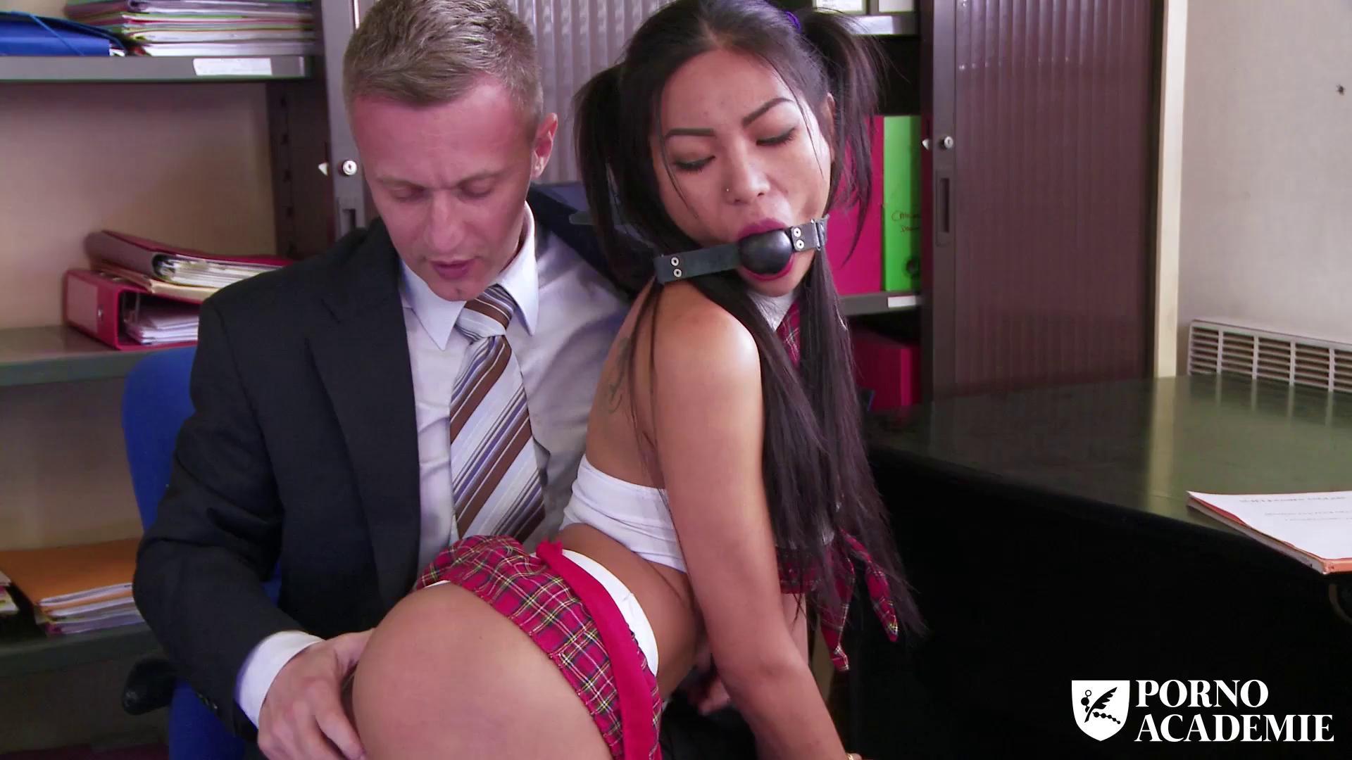 PornoAcademie – Poopea