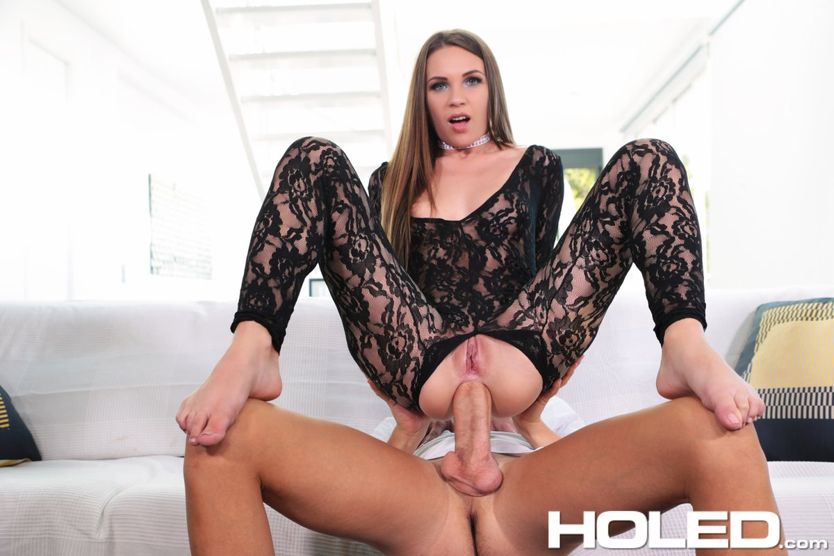 Holed – Analed In Lace – Veronika Clark
