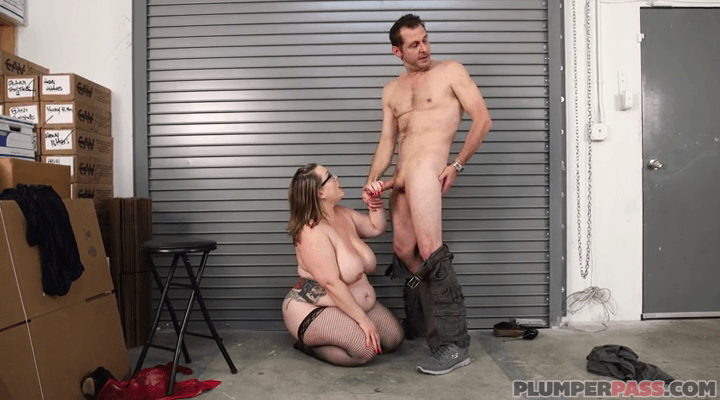 PlumperPass  – Bunny Cruz Bunny – The Boss