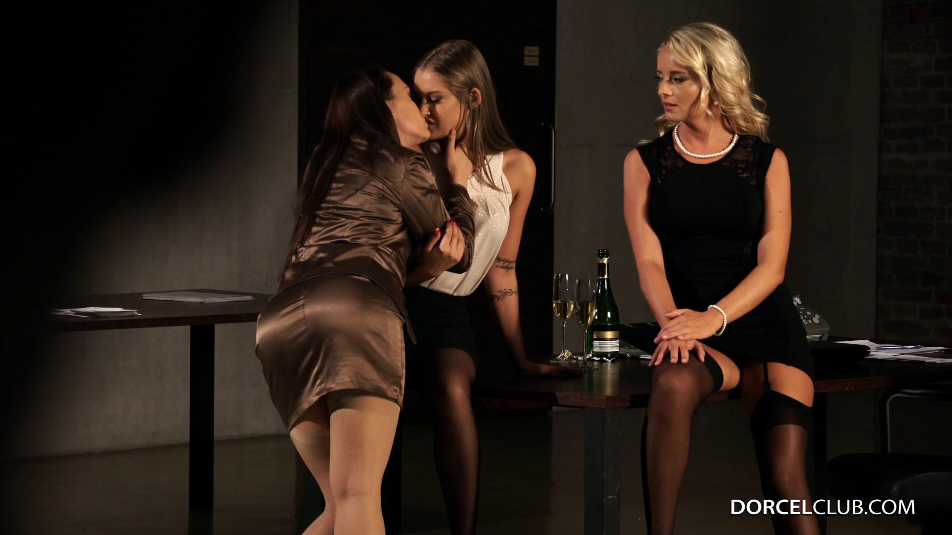 DorcelClub – Tiffany Tatum Victoria Pure And Blue Angel Colleagues Friendship Ends Up Groping…