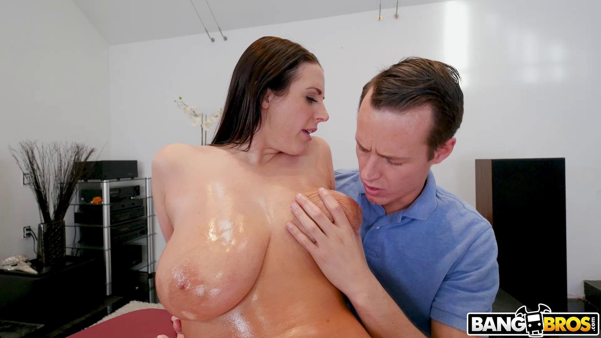 BigTitsRoundAsses – Angela White